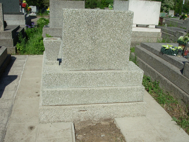 cistenie hrobu v kosiciach