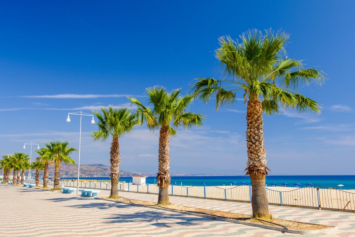 a86a9bd14de06 Vitajte v Kalábrii, na samotnej špičke legendárnej talianskej topánky. Pod  úpätím Apenín sa ukrýva slnečná krajina s najkrajšími plážami v Európe.